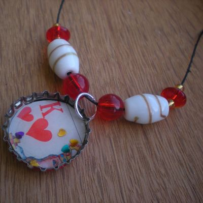 Bc_king_of_hearts_pendant2
